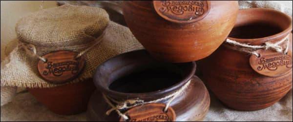 хранение меда в глиняных горшочках