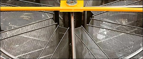 Бак медогонки Медуница на 8 медовых рамок дадан