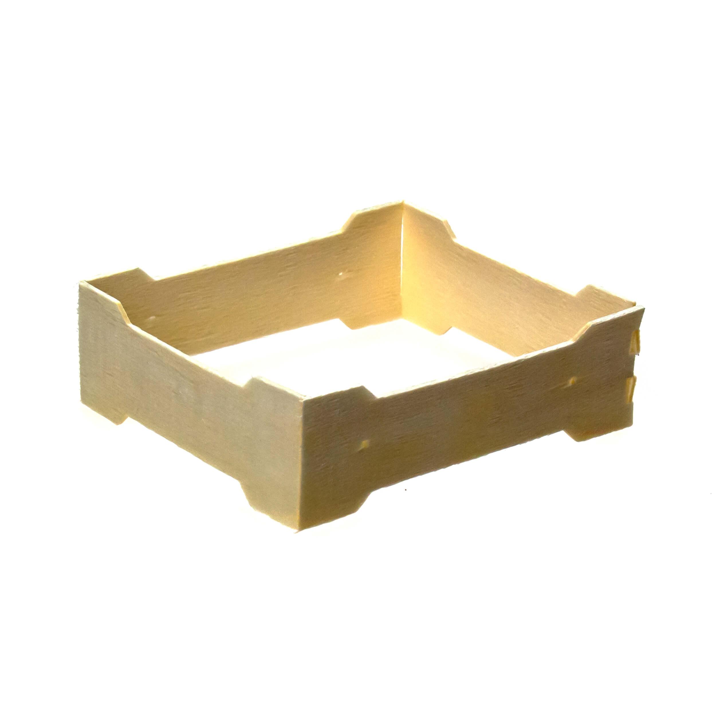Мини рамка секционная для сотового меда (100х115х37 с отверстиями, дерево, упаковка 50 штук) фото