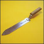 Нож пасечный зубчатый (нержавейка) фото