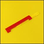 """Летковый заградитель 2-х элементный нижний c отверстиями для вентиляции """"Красный"""" (пластик) фото"""