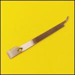 Стамеска с приспособлением для подъема плечиков рамок фото