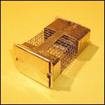 Клеточка для матки усиленная оцинкованная (клеточка Титова) фото