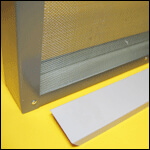 """Изолятор для пчелиных маток на 1-рамку """"Рута"""" сетчатый оцинковка фото"""